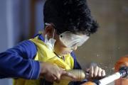خلق آثار چوبی زیبا توسط کوچک ترین کارآفرین ایران