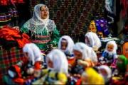 ۷۹ درصد فعالان صنایع دستی و گردشگری را زنان تشکیل میدهند