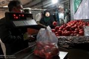 بازار میوه و آجیل در آستانه شب یلدا