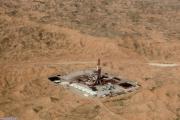 توان تولید نفت در میدان مشترک آذر روزانه به 30 هزار بشکه رسید
