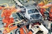 مشکل خودروسازی سوءمدیریت است نه واردات